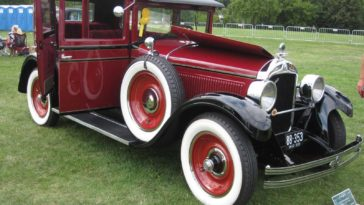 1928 Hupmobile Model E-4 Series Sedan