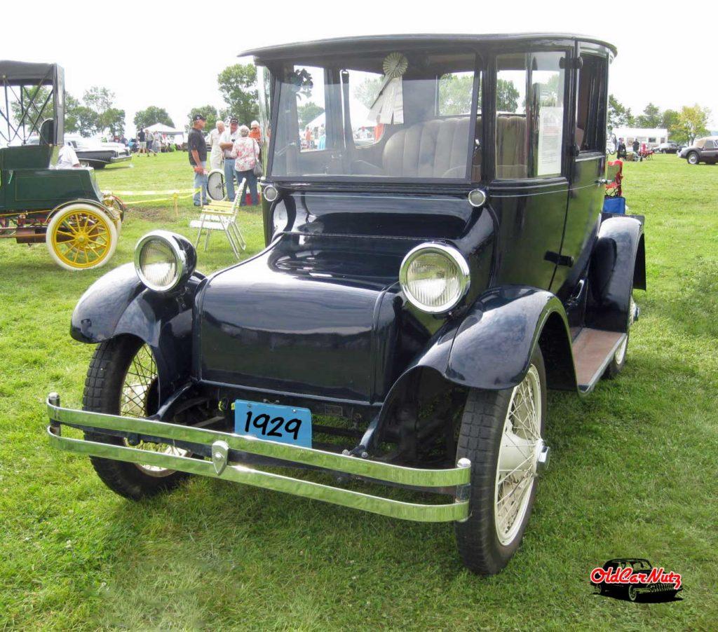 1929 Detroit Electric Model 98FD
