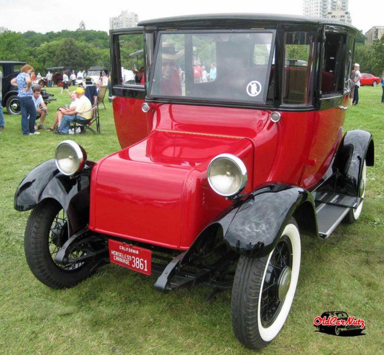 1931 Detroit Electric Model 97 Brougham