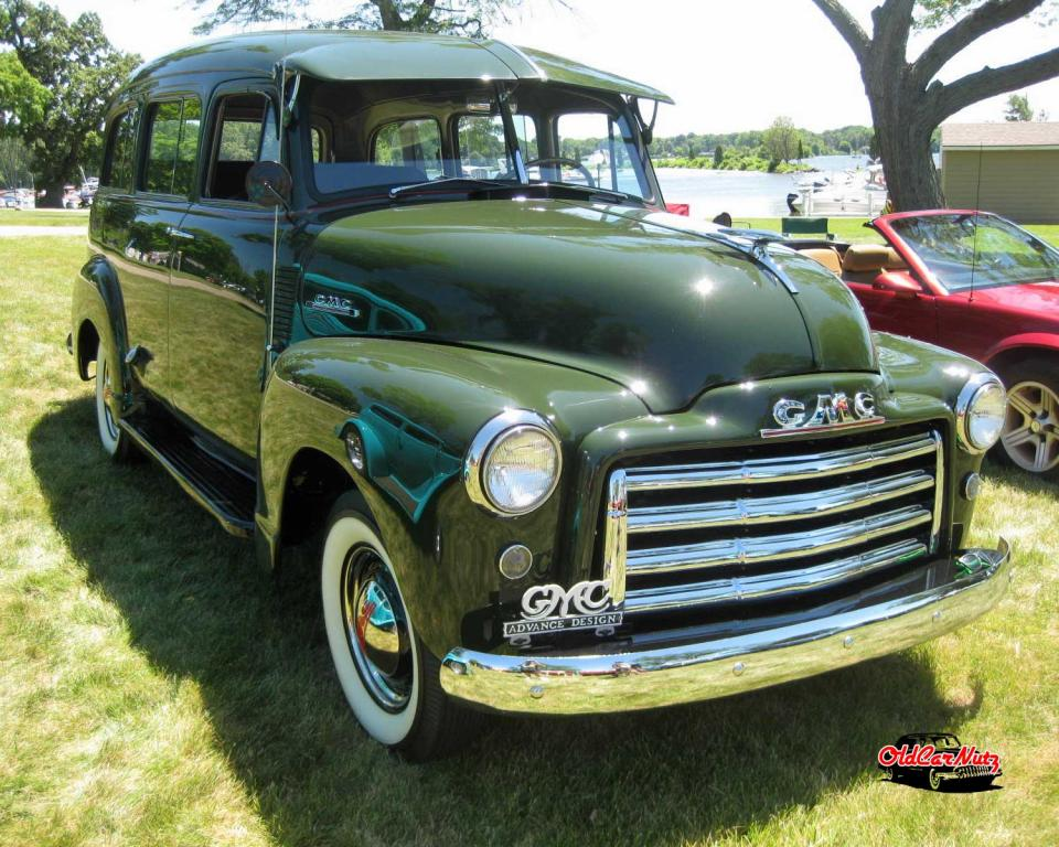 1953 GMC Suburban